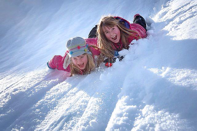 La settimana bianca è divertente in Alpe Cimbra, la family valle del Trentino