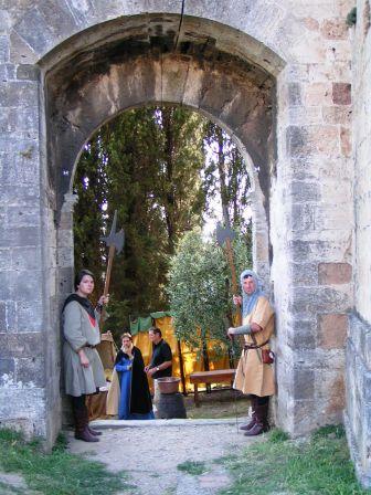 Ingresso  medievale a Serravale pistoiese