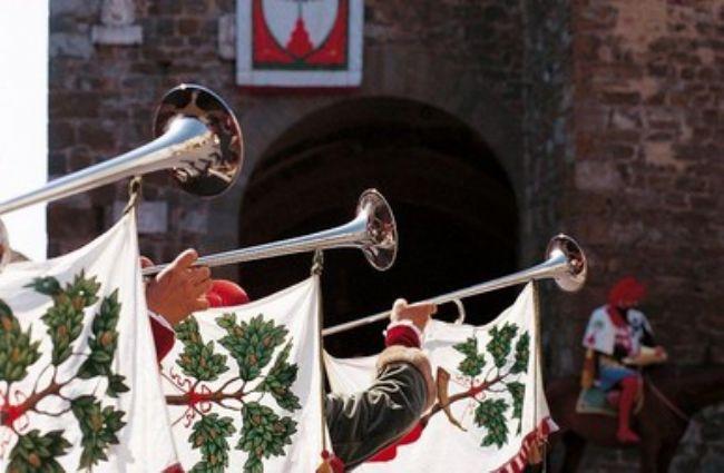 Caccia al Tesoro e Assalto al Castello: un indimenticabile ponte del 2 giugno in Toscana