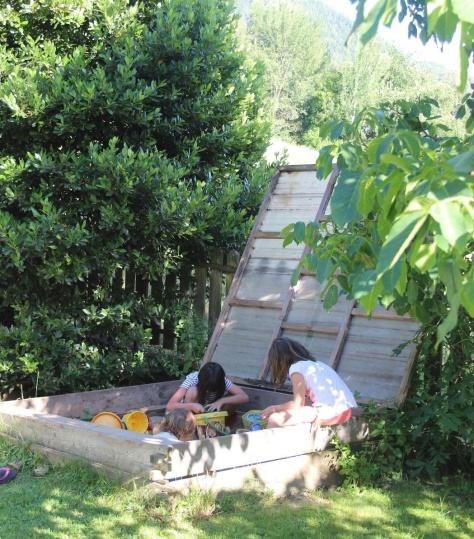 Sabbionaia in giardino- Hotel Gutemberg-Schenna
