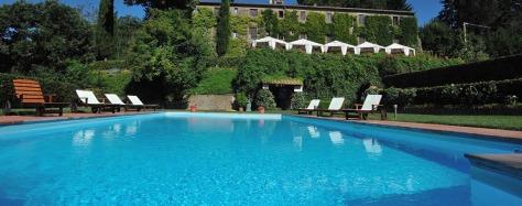 La piscina dell'Agriturismo Santa Cristina