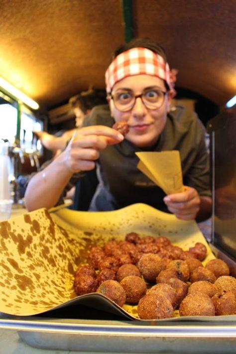 Castle Street Food, la manifestazione più golosa dell'anno, torna alla Rocca Sanvitale a Fontanellato (PR) assieme ai festeggiamenti di Halloween.