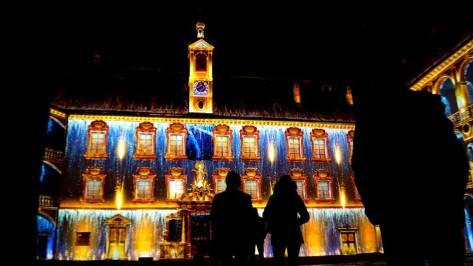 A Bressanone (Bolzano) Il Sogno di Soliman, spettacolo multimediale di video mapping sulla facciata del palazzo vescovile. Uno show straordinario da mostrare assolutamente ai bambini