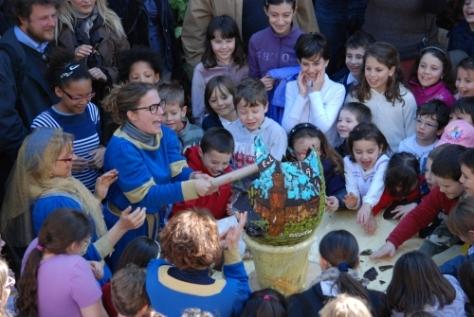 Pasqua 2016 sotto il segno della fiaba e dell'avventura per bambini in un castello magico.