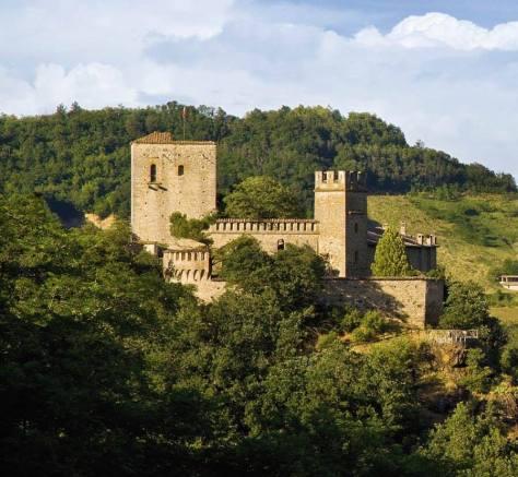 Castello di Gropparello caccia all'uovo Pasqua 2016