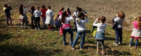 oasi_la_valle_trasimeno_bambini_binocoli