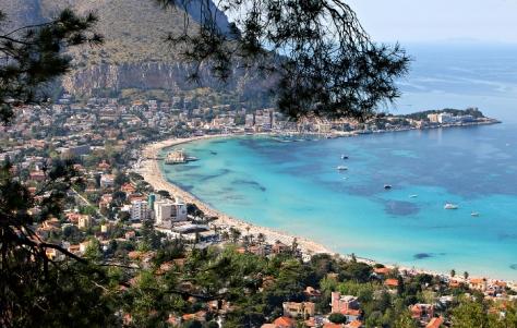 Visitare Palermo, il golfo di Mondello