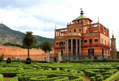 Palermo, la palazzina cinese