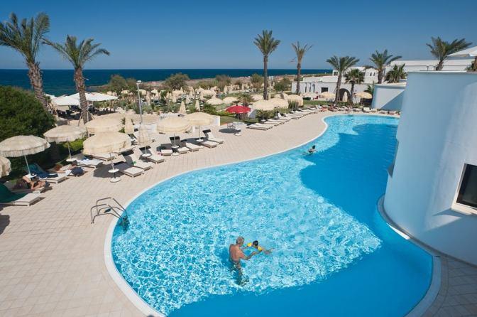 Tanta voglia di Puglia/3: a Torre Guaceto, tra Murge e Salento, il Riva Marina Resort è dedicato a famiglie e bambini
