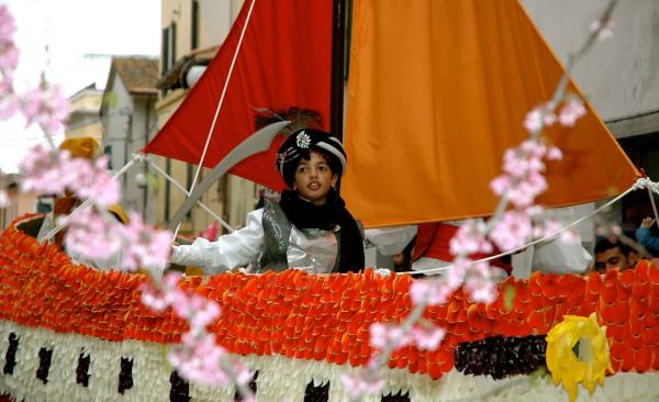 Festa del Tulipano 8-10 aprile 2016. Castiglione del Lago Trasimeno Umbria