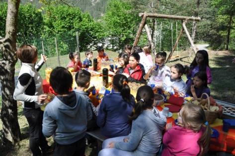 tree-village-colazione-boscaiolo