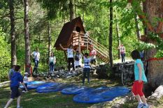 tree-village-divertimento