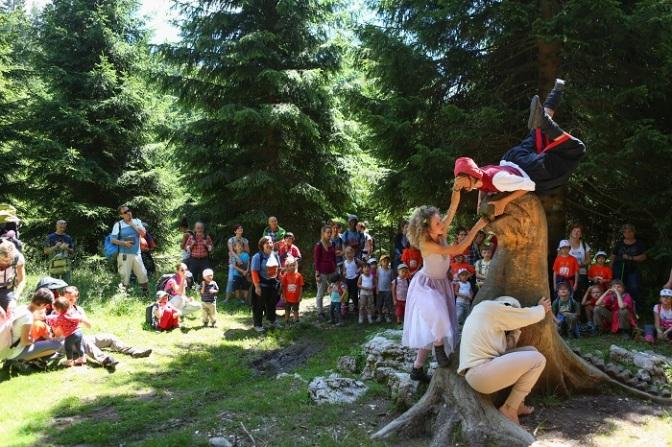 I sentieri delle emozioni: primavera / estate con i bambini in Alpe Cimbra
