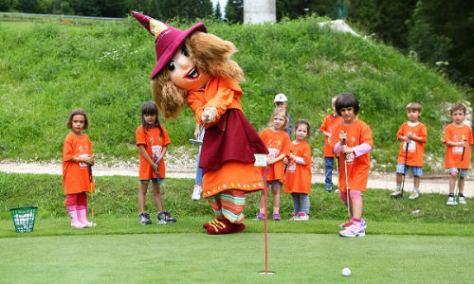 folgaria_alpe_cimbra_golf_bambini_scuola