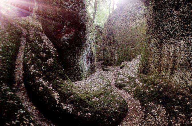 Le vie Cave di Sorano e Pitigliano: le meraviglie degli Etruschi da vedere con i bambini
