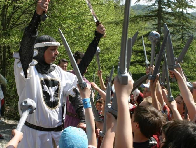 Merlino incorona Re Artù per tutto l'autunno al Castello di Gropparello