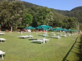 lago_di_vico_riva_verde_spiaggia