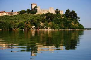 umbria_trasimeno_castiglione_lungolago_acqua