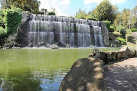 Giardini delle cascate ai laghetti dell'EUR