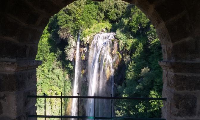 Sorgenti, ruscelli, fiumi e cascate: in Umbria seguendo il suono dell'acqua
