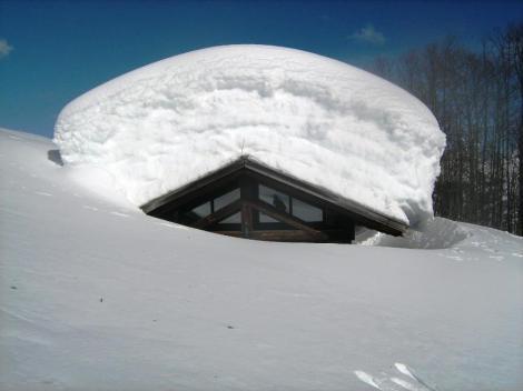 albergo_diffuso_dolomiti_neve
