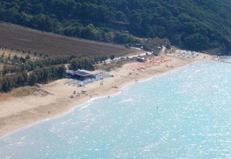 Gargano-vista della spiaggia di Calenella