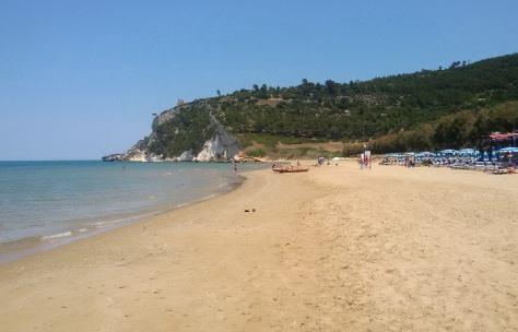 Gargano-spiaggia di Calenella