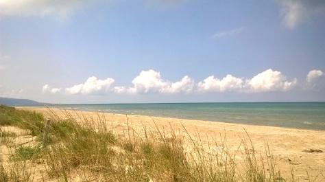 Gargano- spiaggia dell'Oasi di Varano