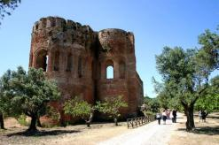 calabria_parco_archeologico_scolacium_percorso