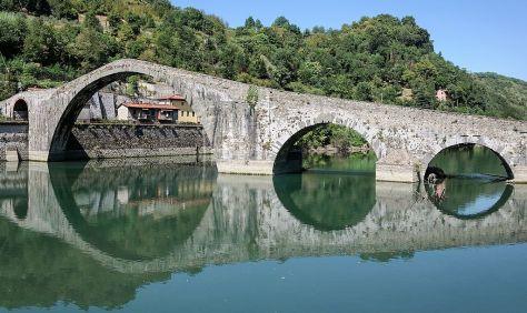 Toscana_Borgo_a_Mozzano_Ponte_della_Maddalena