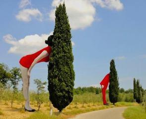 toscana_parco_sculture_chianti_signore_alberi