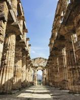 Parco Archeologico di Paestum-colonnato