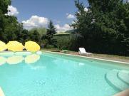 Umbria_countryhouse_cavalieri_del_lago_piscina