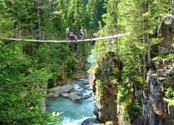 In fuga dalla città: una vacanza in Trentino con i bambini tra natura e avventura