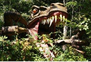 dinosauri_strassyc_park3_austria