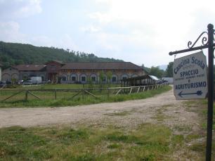 vecchie_fattorie_piemonte_cascina_scola_ingresso