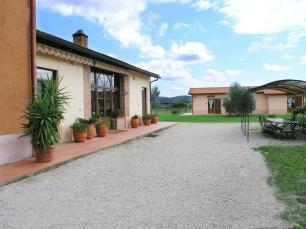 agriturismo_fattoria_la_pulledraia_alberese_toscana_parco_esterno