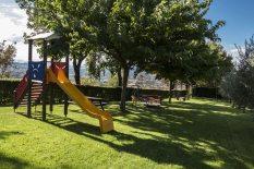 vecchie_fattorie_agriturismo_il-Melograno_umbria_area_giochi