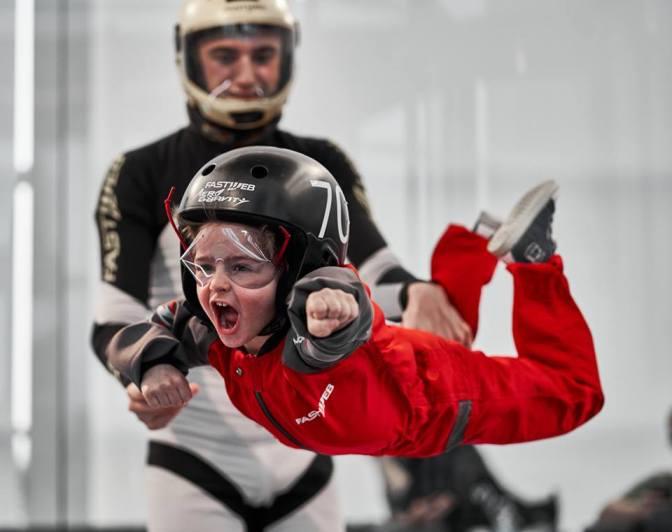 Free jumping, caduta libera, karting indoor. Adrenalina per bambini nei parchi di nuova generazione