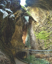 Parco Grotte Cascate del Varone-percorsi