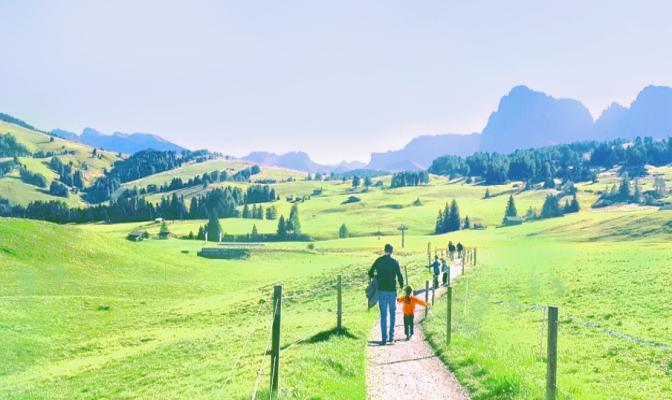 Alpe di Siusi con i bambini: regalatevi un weekend con Madre Natura